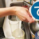 動画「風邪っぴきおじさんがまたもやひたすら皿を洗う」