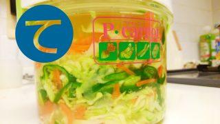 動画「キャベツと人参と玉葱とピーマンの酢漬け」