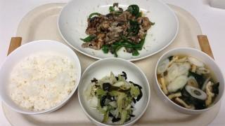 晩ご飯はオイスターソースで肉野菜炒め