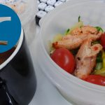 動画「主菜がサラダのお弁当」