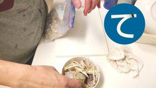 動画「皿洗いの合間に翌日のお弁当の準備」
